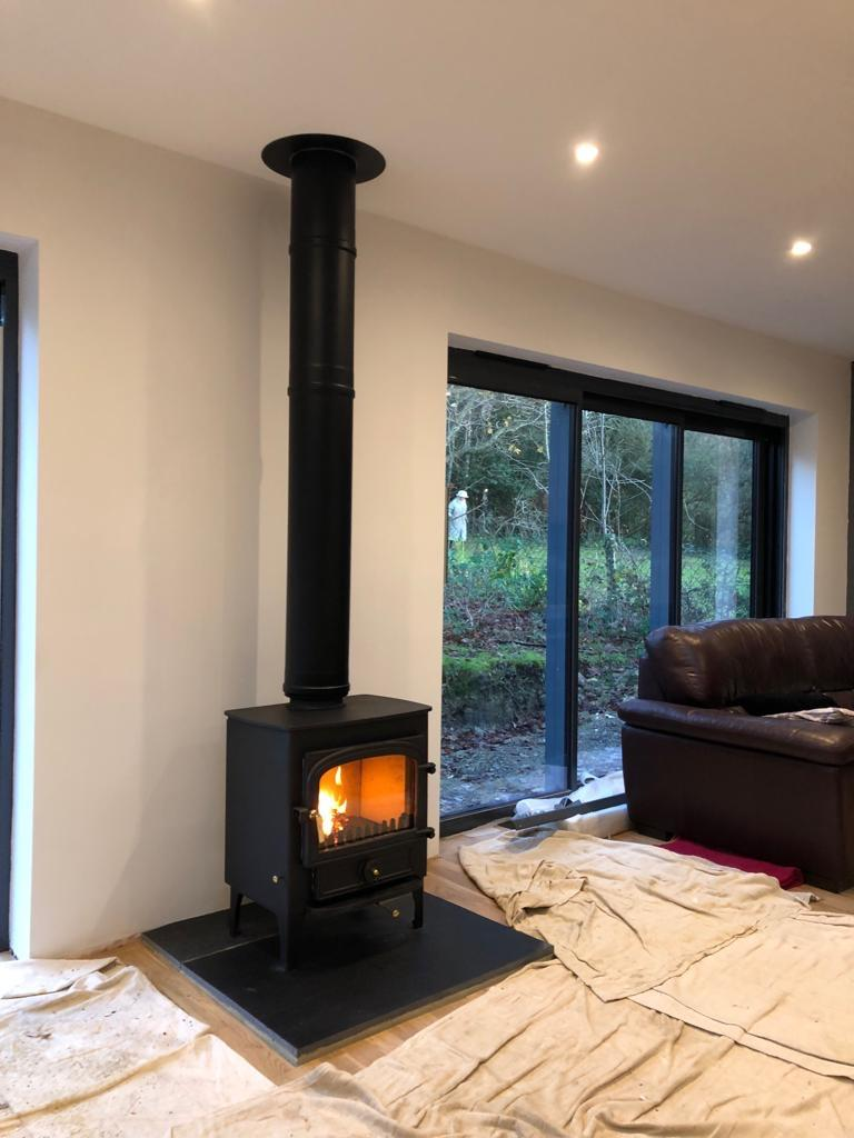 Wadhurst Clearview wood burning stove on twin wall flue system